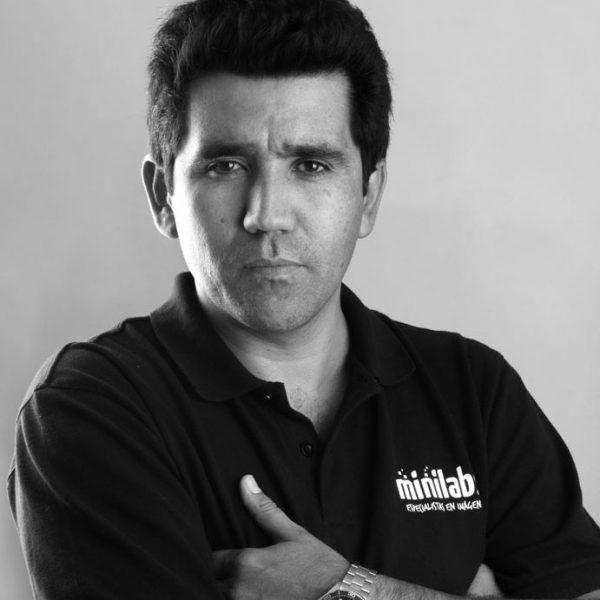 Alfredo Valladares D.